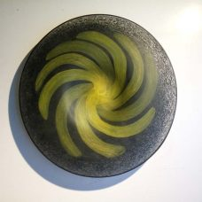 plate-nemtoi-black-yellow-mat